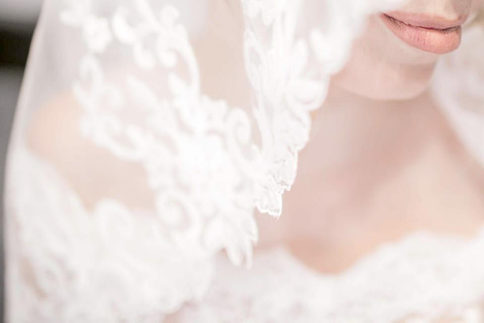 花嫁と婚活リップ