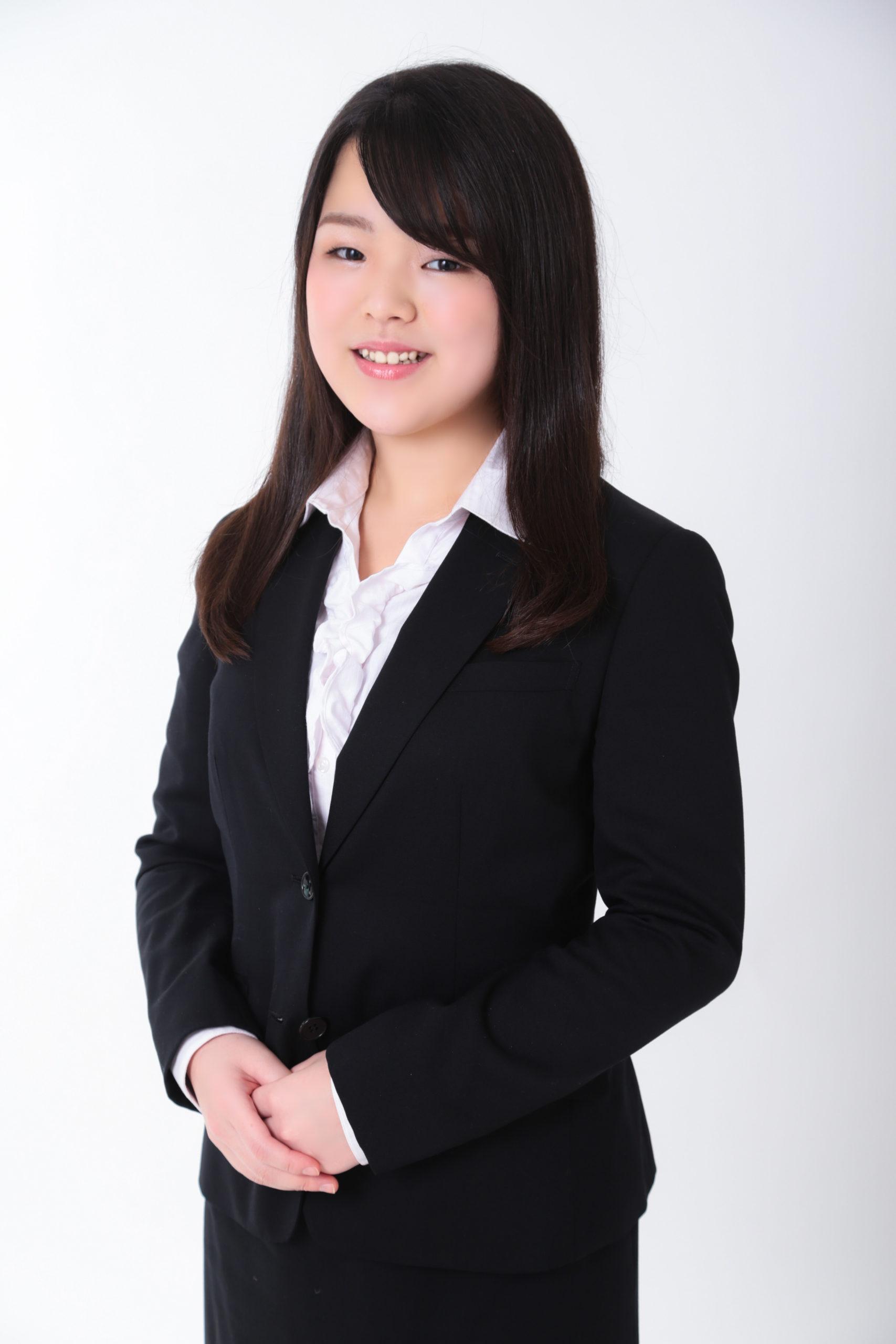 パトリック大阪でのオーディション撮影 プロフィール写真を撮影する女性 アナウンサーのオーディション写真